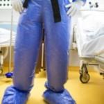 В Молдове госпитализировали двух иностранцев с подозрением на лихорадку Эбола