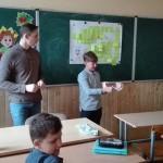 Студенты-медики рассказали черновицким школьникам, как ухаживать за зубами