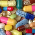 Президент Украины подписал закон, упрощающий регистрацию лекарств