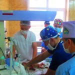 В Черновцах столичные кардиохирурги провели операцию на сердце двухмесячного ребенка
