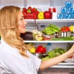Ученые назвали самое грязное место в холодильнике