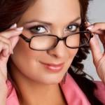 Очков, которые бы защищали зрение во время работы с компьютером, не существует